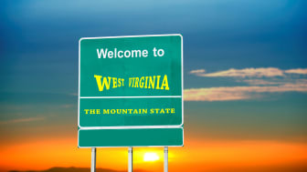 picture of welcome to West Virginia road sign