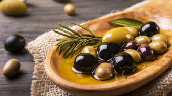 A variety of olives in a bowl