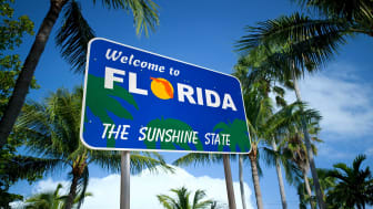picture of welcome to Florida road sign
