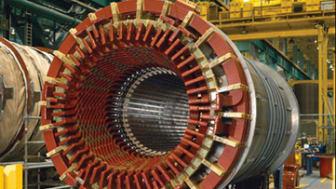 Luftgekühlte Generatoren sind je nach Anforderungsprofil mit TEWAC- (Totally Enclosed Water to Air-Cooled) oder OAC- (Open Air-Cooled) Kühlsystemen lieferbar. Wegen ihrer kompakten Bauweise s