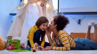 A babysitter tells her sister a secret.