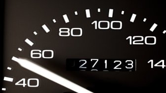 picture of a car odometer and speedometer