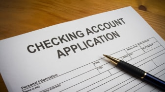 picture of checking account application form
