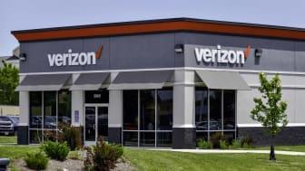 Photo of a Verizon store.
