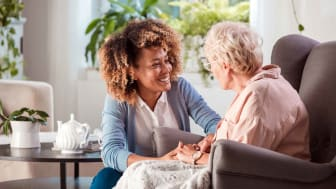 A nurse provides home healthcare