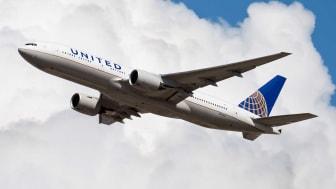 2013: United Airlines Boeing 777-200 N775UA passenger plane departure at Frankfurt Airport