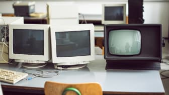 PCs from the 1980s in a classroom