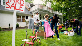 photo of yard sale