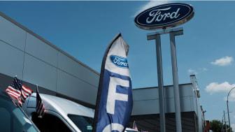 photo of car dealership